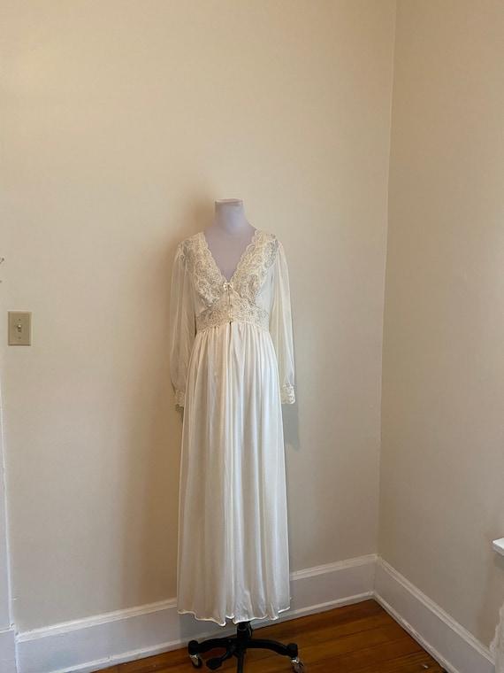 Medium Peignoir Bridal Cream White Shadowline Robe