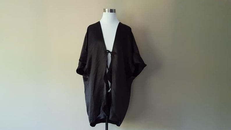 Vintage Lingerie Had Tags Robe One Size Victoria/'s Secret  Black Short Front Tie Never Worn