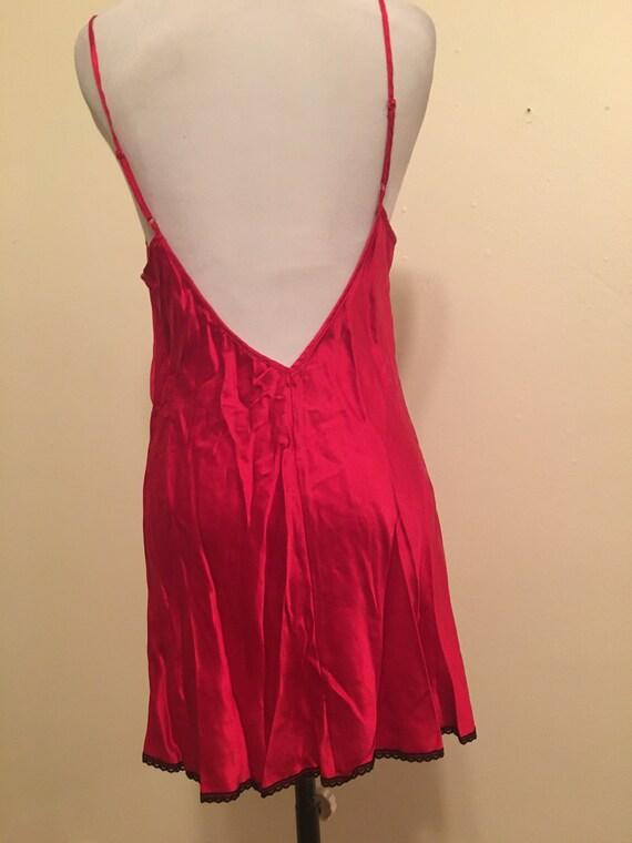 Chemise Silk Medium Victoria Secret Red  . . - image 3