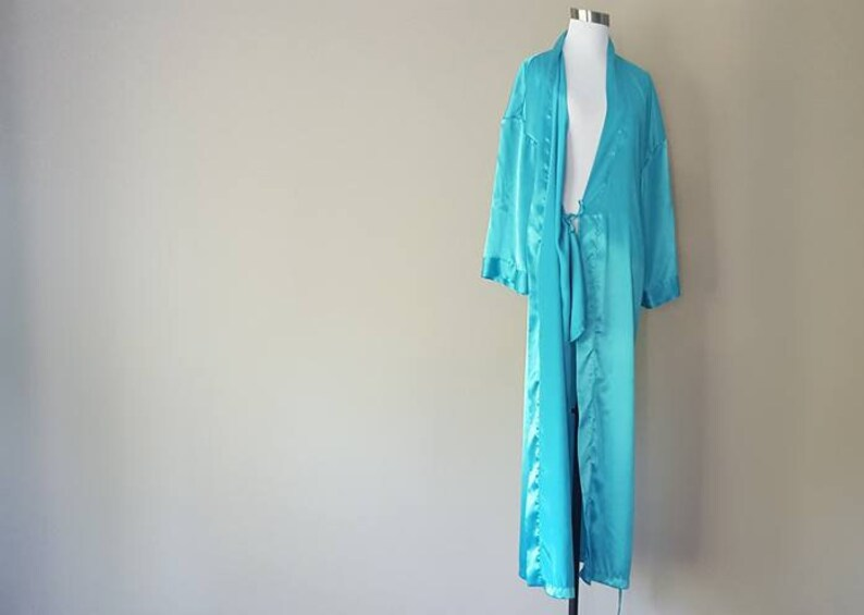 Robe Medium Victoria/'s Secret  Heart Tag  Turquoise Pockets Inner and Outer Ties Vintage Lingerie