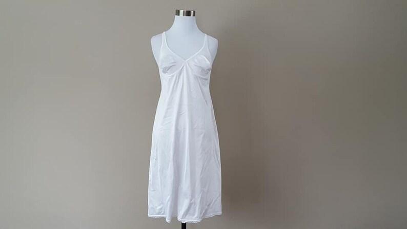 Full Slip Size 36 Vanity Fair White Nylon Bra Slip 24 Skirt Length  Medium  42 Hips Made In USA  Vintage Lingerie