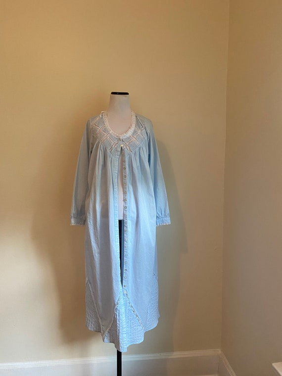 Eileen West Cotton Nightgown Blue Two Pockets Butt