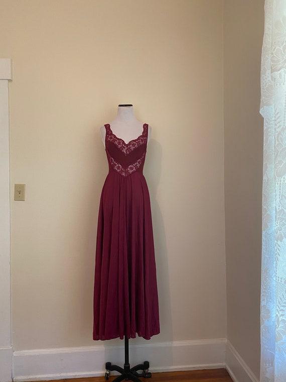 Olga Nightgown Small Style 9295 Burgundy...