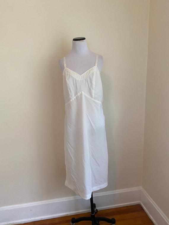 36 Full Slip with zipper on the side White...