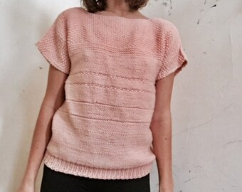 83ac8ec54 1950s Vintage peachy pink crochet short sleeve sweater