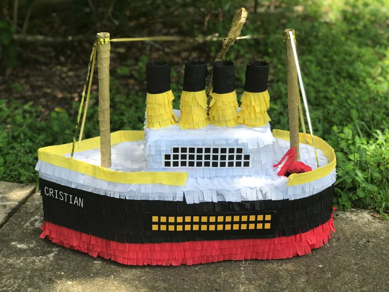 Party Decorations. Ship Inspired in Titanic  Pinata