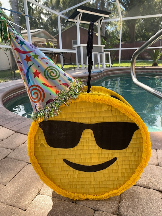 Emoji Pinata Girl Party Decoration Supplies
