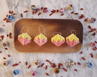 4 Origami Christmas Diamonds