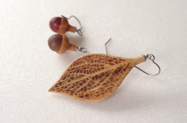 Wooden Leaf and Acorn Earrings : Oak  Color variations image 0