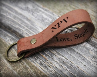 Personalized Leather Keychain - Engraved Leather Keychain - Gift Dad - Monogrammed Initial Key Fob - Custom Name Keyring - Anniversary gift