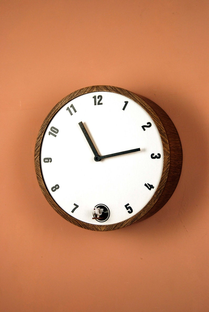 Cuckoo clock White dial and black numbers