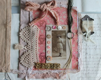 Creative DIY pack, Old portrait photo, golden thread, metal ring, dyed linen, vegetable dye, old buttons, chiseled mother-of-pearl, 3375