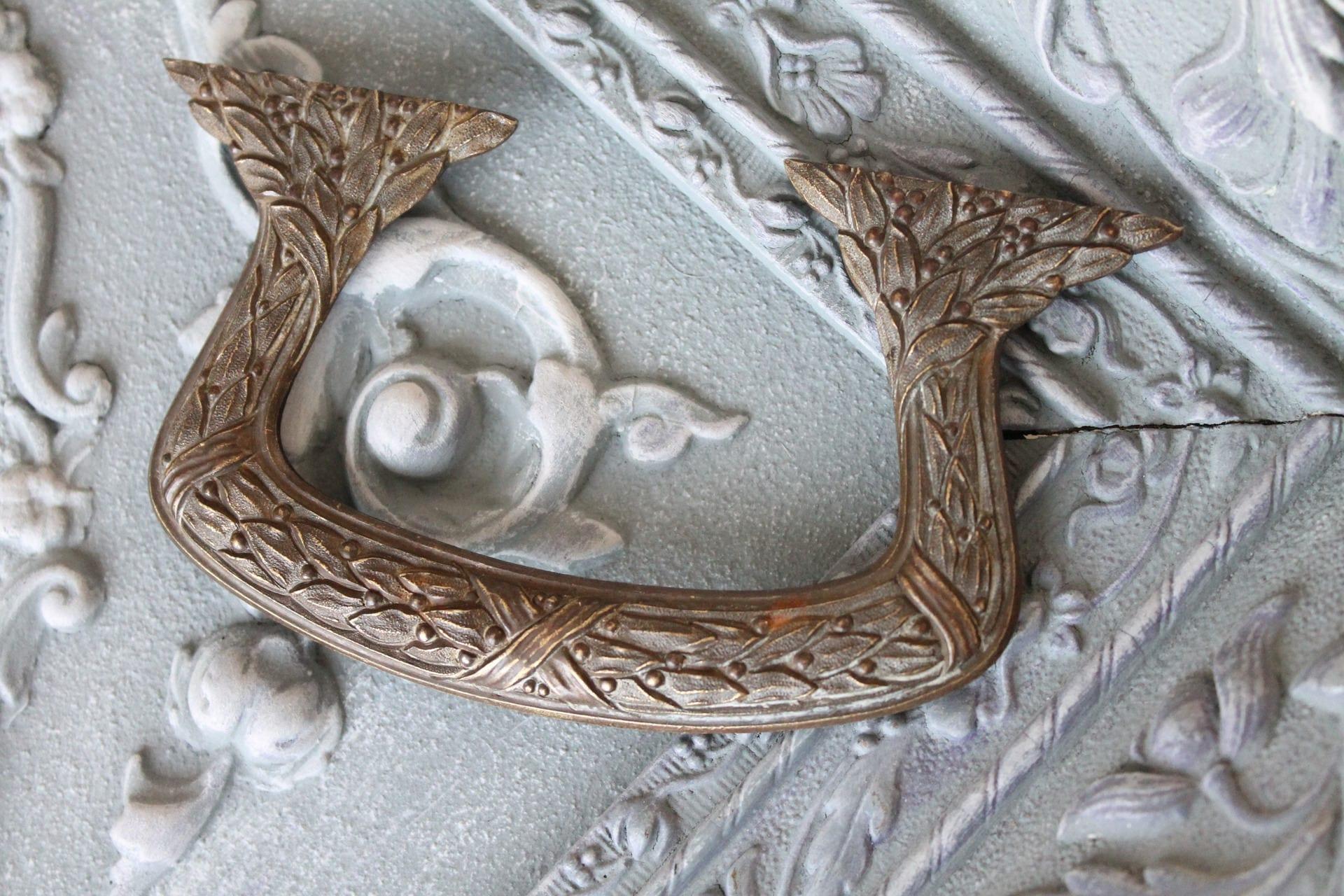 Antique bronze trompe l'oeil handle, cabinet decor, drawer front, door decor, door ornament