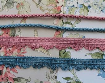 Ecru upholstery, ecru trimmings, ivory fringed braid, lampshade border, curtain ornament, white ribbon, 2528