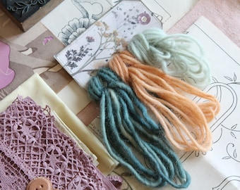Pure new dyed wool, 9 meters, 9.84 yards, natural vegetable dye, textile craft supply, 3090