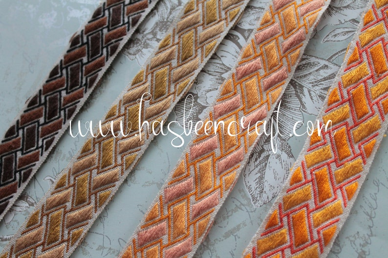 Jacquard furnishing braid geometric braid width 4 cm  1.57 image 0