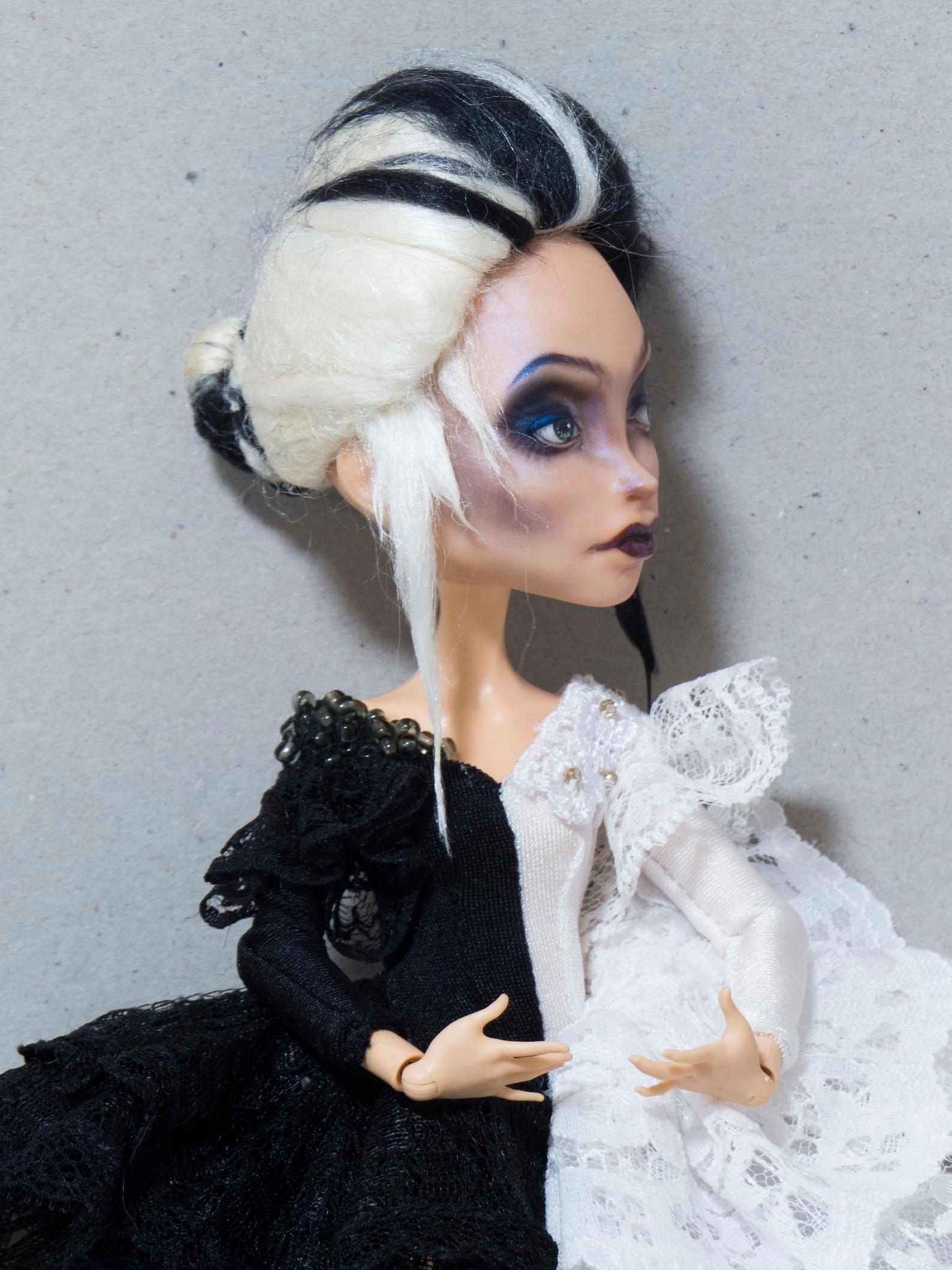 ooak custom monster high doll outfit full set ballet headmistress bloodhood two colours black white ballerina pointe shoes swan