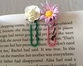 Paperclip Flower Bookmarks