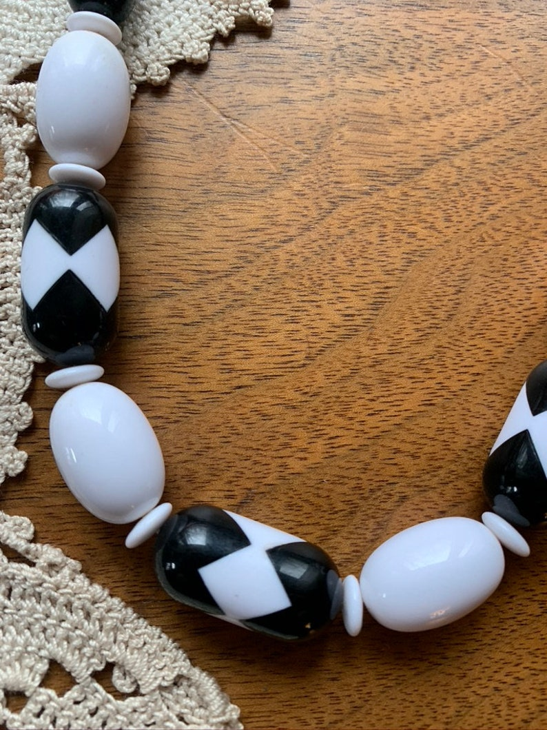 Vintage Black and White Statement Necklaces Retro Lot of 4 Necklaces Avon Black /& White Necklaces Circa 1970/'s