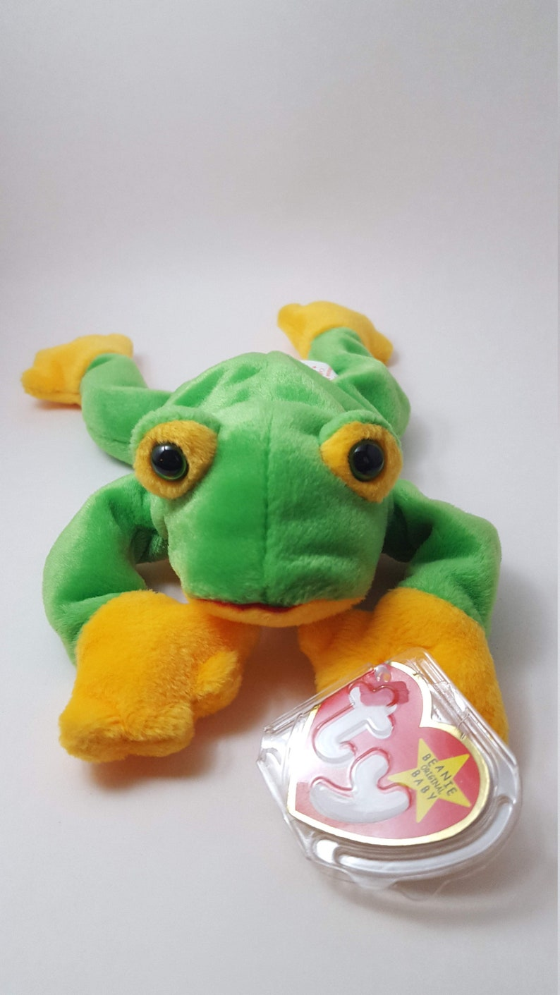 fa039f77c8d Smoochy the Frog Beanie Baby TY 1997