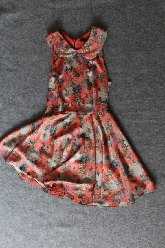 silk dress / floral dress / peter pan collar