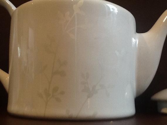 Porcelana miniatura Mayfair Edition 2000 taza de café 4 cm de alto