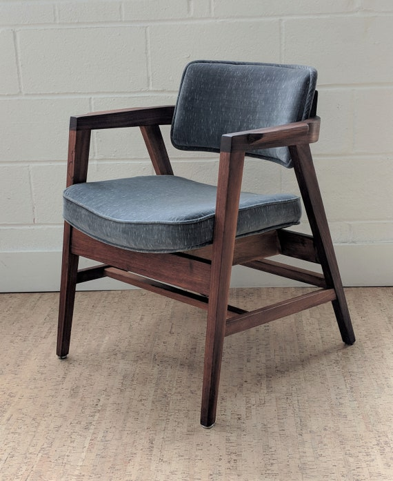Surprising Mid Century Modern Gunlocke Chair Vintage Club Chair Modern Accent Chair Vintage Gunlocke Chair Gmtry Best Dining Table And Chair Ideas Images Gmtryco