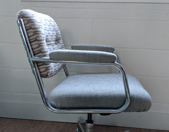 Remarkable Executive Desk Chair Vintage Swivel Chair Custom Upholstered Office Chair Download Free Architecture Designs Grimeyleaguecom