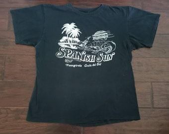 43fecef76e3 Vintage 1980 s Spanish Sun Barcelona Spain Fuengirola Costa Del Sol Sunset  Palm Trees Beauty 80s tee t shirt Large