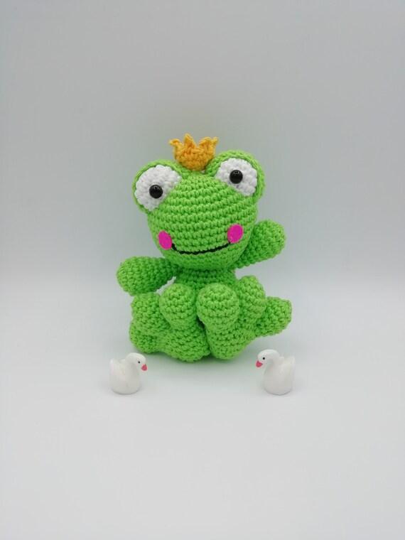 free crochet frog pattern …   Käsityö, Virkkaus, Virkattu lelu   760x570