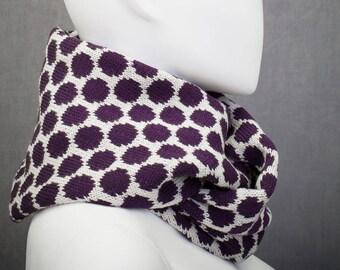 loop scarf · pois · polkadots pattern · knitting jacquard