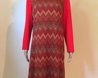 Vintage 70s Sweater dress modern size medium.