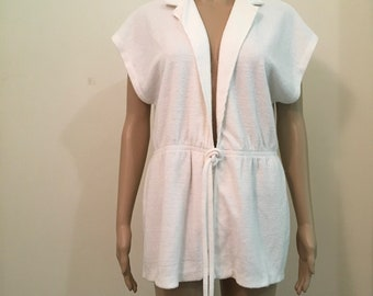 d4ca363adc247 70's Terry Cloth beach cover up in white. White terry cloth robe in white. White  terry cloth short cover up.