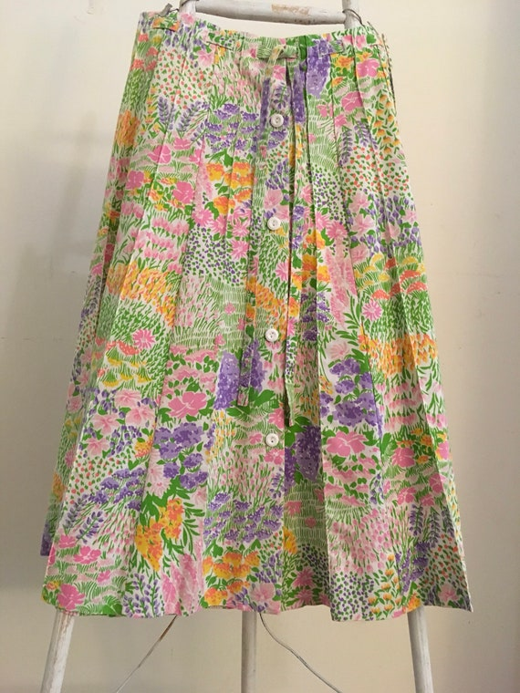 Floral button up Skirt Small.  Hippie skirt small.