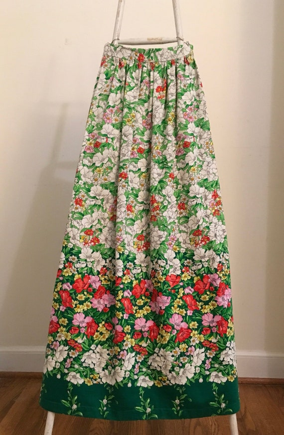 Hippie Maxi Skirt x small.  Floral Maxi Skirt x sm