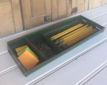 Vintage Tool Tray, Green, Metal, Toolbox, Tool Caddy, Storage, Industrial Decor, Rustic Decor, Farmhouse Style, Cottage Style, Home Decor