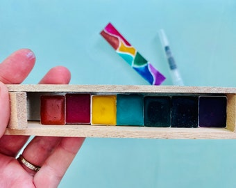 Cute Watercolor Paint Set in Cigar Box 7 HALF Pans - Free Shipping in US