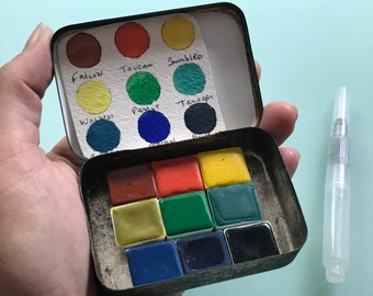 Watercolor aquarelle paint palette Handmade non toxic - 9 Half pans in vintage Tobacco Tin and water brush