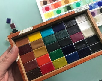Limited Edition Watercolor Handmade Paint 30 WHOLE pans non toxic watercolor paint set in VINTAGE Black Cigar wooden box with glass top