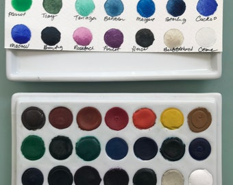 Handmade watercolor paint palette LIMITED edition 21 well hand glazed porcelain