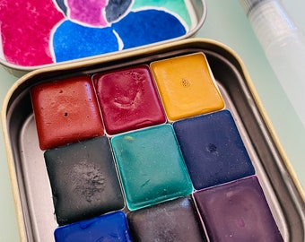 Watercolor paint palette set LIMITED edition 9 half pan in vintage Typewriter Tin