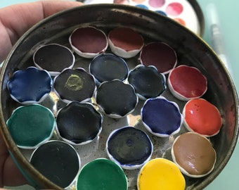 Handmade watercolor paint palette LIMITED edition 19 porcelain well- in vintage Tobacco Tin