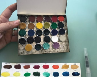 Limited Edition Watercolor Handmade Paint 29 ceramic pans  non toxic watercolor paint set in VINTAGE Tobacco Tin (includes 4 Mica paints)