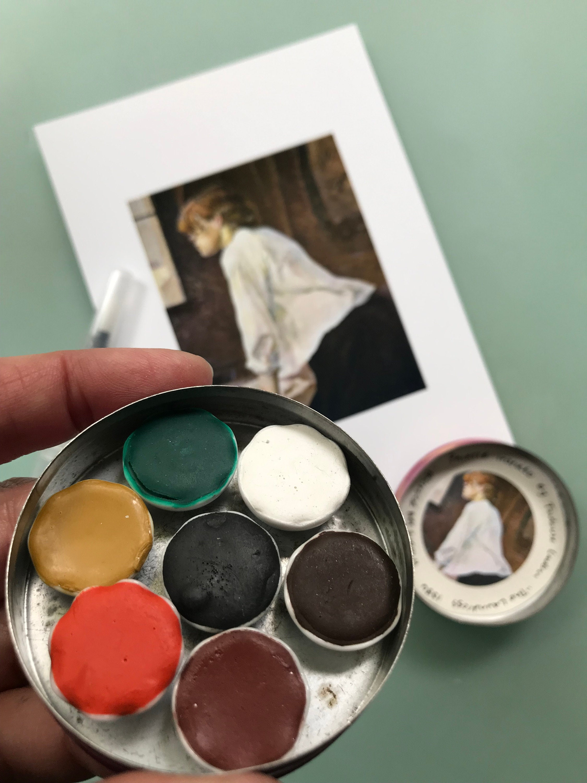 Vintage porcelain paint palette