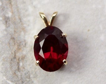 Vintage 14k Garnet pendant, 5 carat natural red garnet, 14 kt yellow gold, January birthstone, 2nd anniversary gift, fine estate jewelry