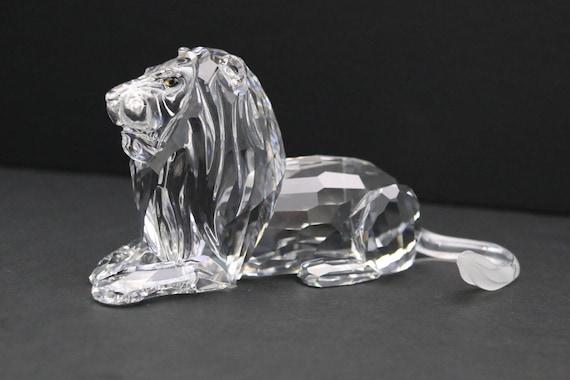 7aef4f6e20f077 1995 RETIRED Swarovski Crystal Lion with original box Annual