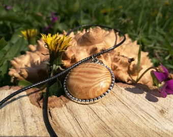 Pendant made of poplar wood