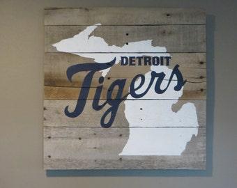 "Detroit Tigers Michigan Pallet Wood Sign-Michigan Wood Sign 20"" x 20"""