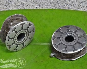 "Tribal gauges ear plugs eyelets - Authentic Tribal Ear Plugs - Eyelets - 3/4"" - 1 Pair - Vintage Ear Plugs - Pokhani Ear Plugs"