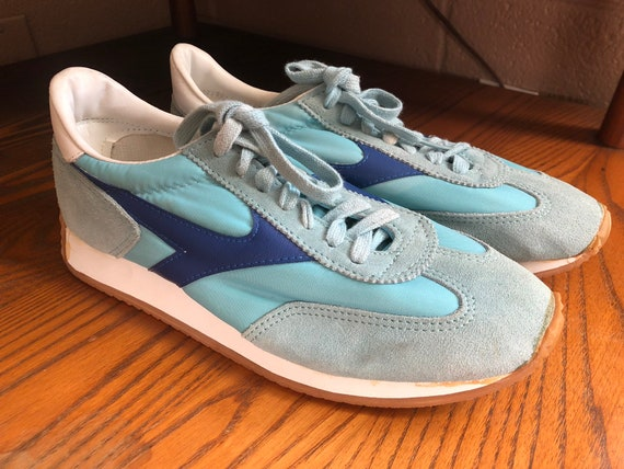 Vintage 1980s 80s Sears the runner II athletic tennis shoes workout sneakers suede baby blue women's size US 9 classics